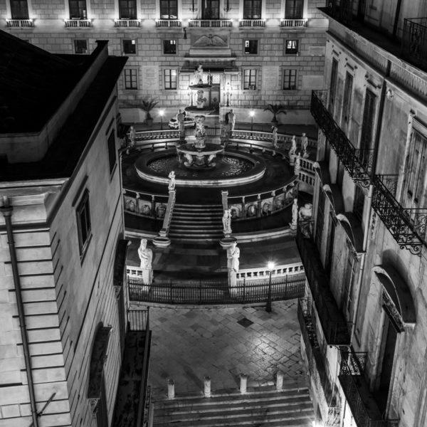 piazza pretoria alto vista unica bar elegante raffinato quinto piano terrazza hotel