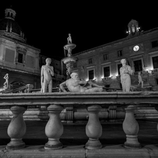 piazza pretoria palermo statue in centro santa caterina comune di palermo a due passi dai quattro canti