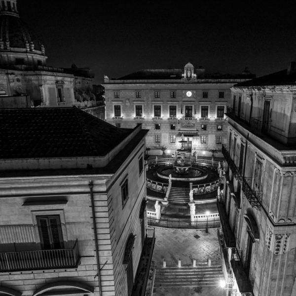 vista dall alto piazza pretoria hotel corso vittorio emanuele